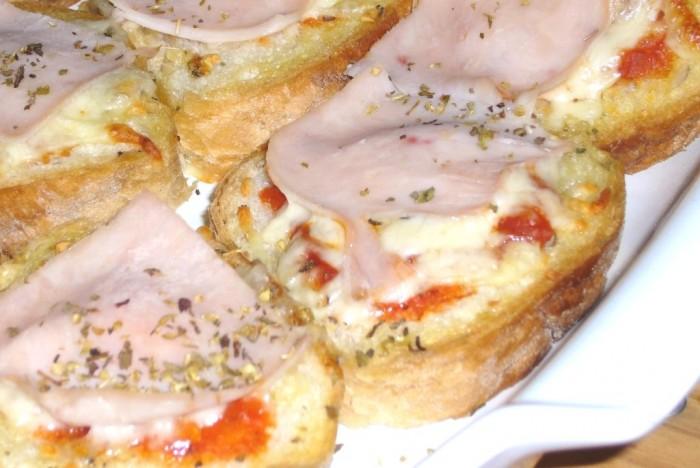 iguaria-mini-pizza-pao-yummy