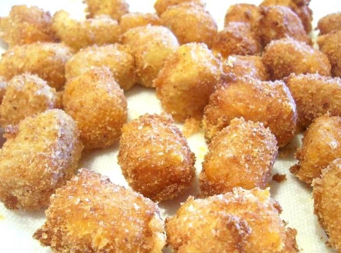 iguaria-bolas-de-queijo-frito