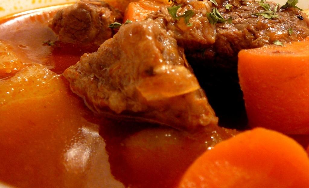 carne vaca estufada tenra
