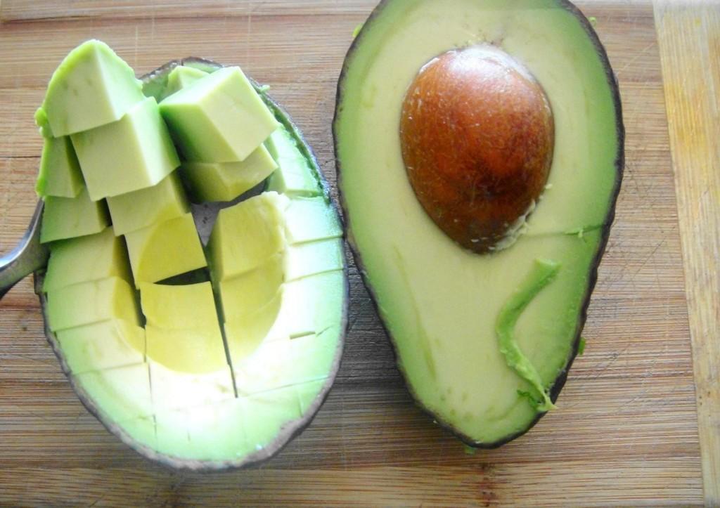 abacate-em-cubos