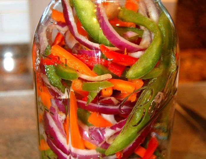 iguaria-pickles-de-vegetais-jarro