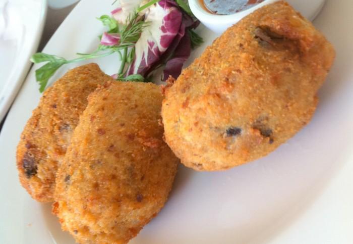 iguaria-bolas-de-arroz-frito