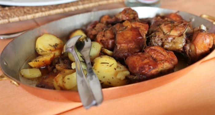 iguaria-coelho-com-batatas