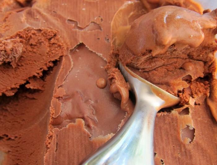 iguaria-gelado-chocolate-leite-condensado