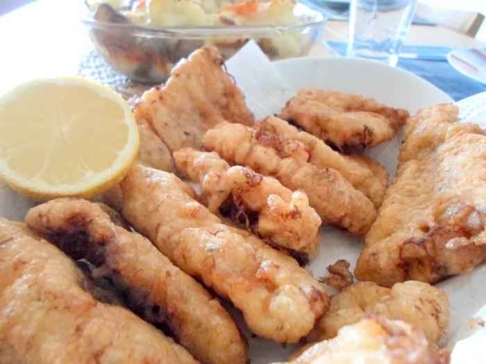 iguaria-pescada-frita-com-limao