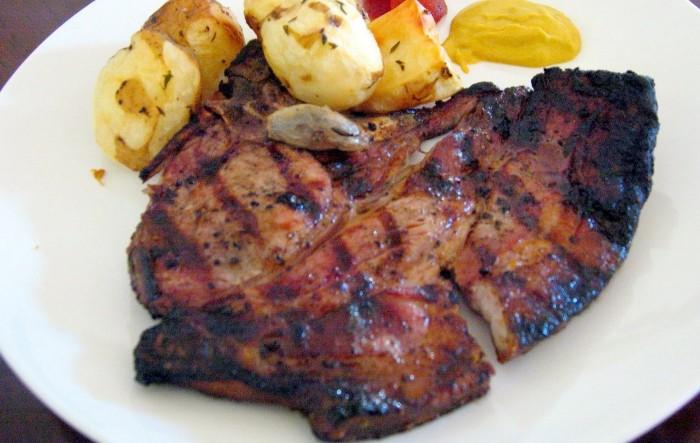iguaria-porco-grelhado-com-batatas