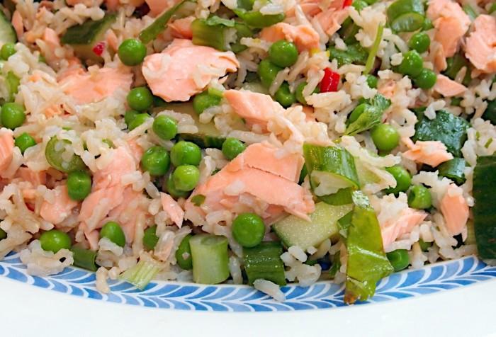 salada-de-arroz-e-salmao