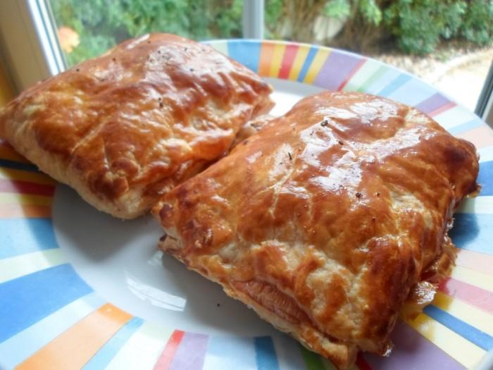 folhados-de-chourico-e-queijo