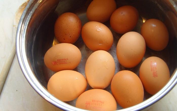 Iguaria-Ovos-Bem-Cozidos