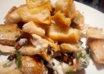 Salada de Frango com Croutons