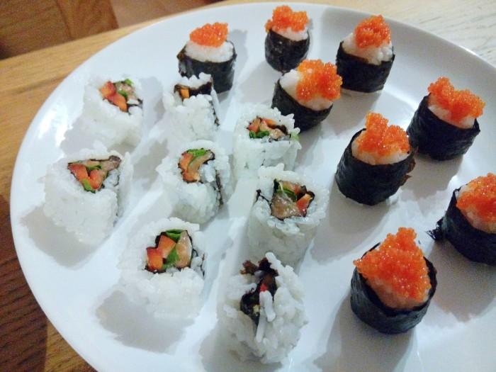 Prato-de-Rolos-de-Sushi