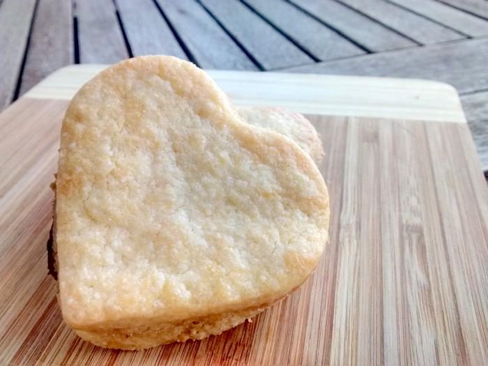 Sandes-de-Biscoito-Manteiga-e-Chocolate