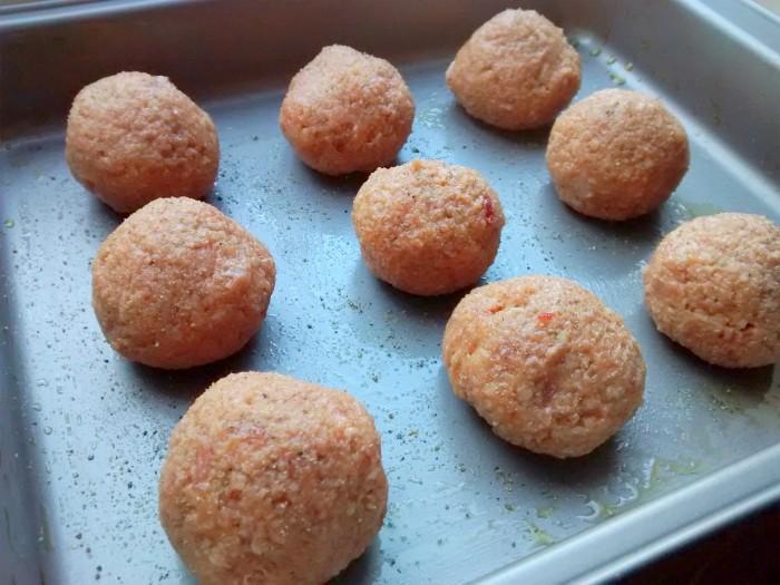 Bolas-de-Almondegas-no-Forno