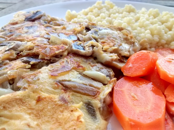 Omelete-Cogumelos-Massa-Cenoura