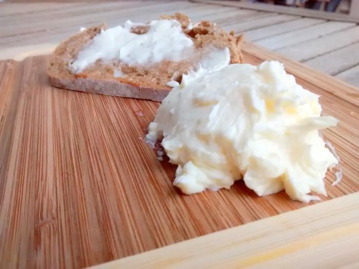 Manteiga-de-Natas