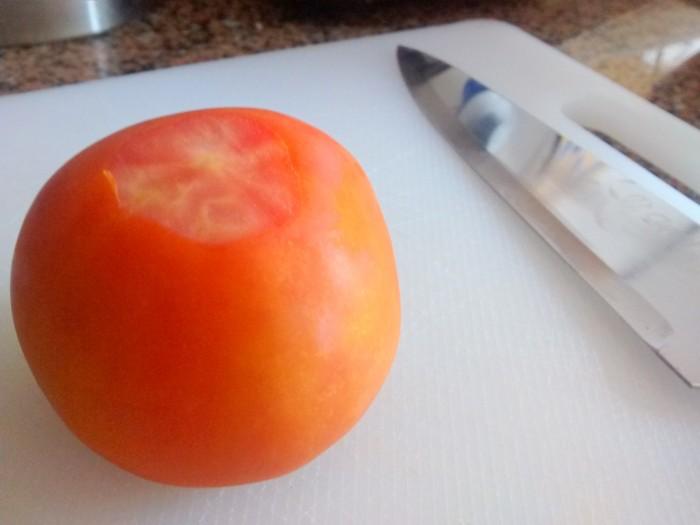 Cortar-o-Rabo-do-Tomate