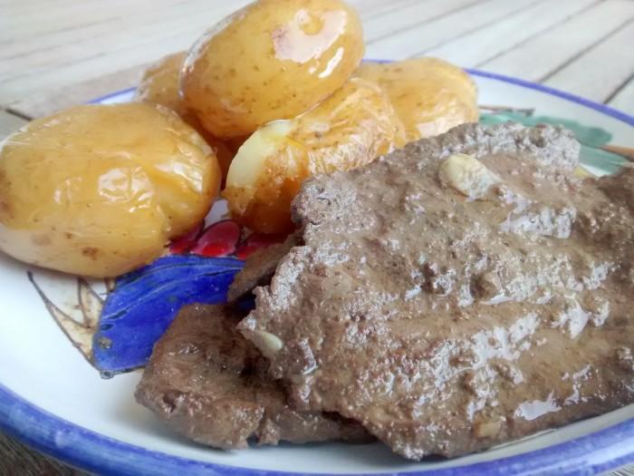 Iscas-Temperadas-com-Batatas