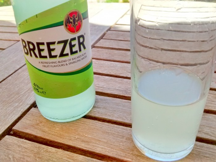 Breezer-Lima-Bebida