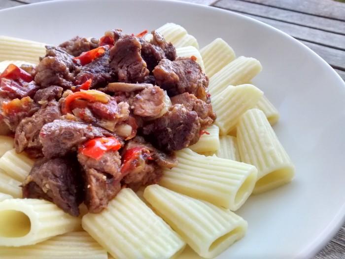 Carne-Estufada-com-Soja
