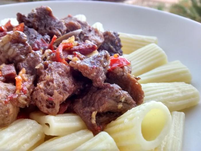 Carne-Soja-Estufada-Massa
