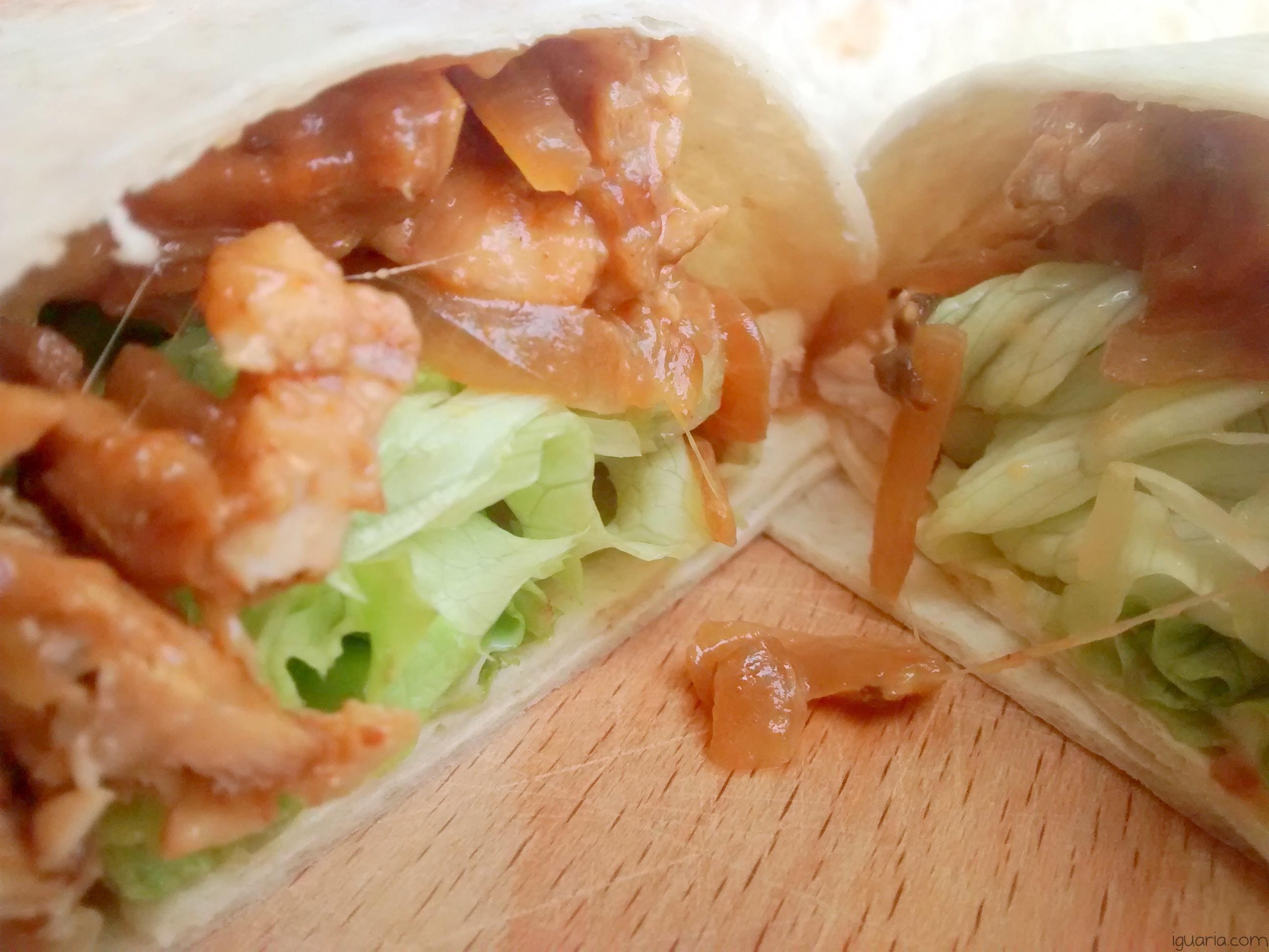 Iguaria_Salada-com-Queijo-e-Bife