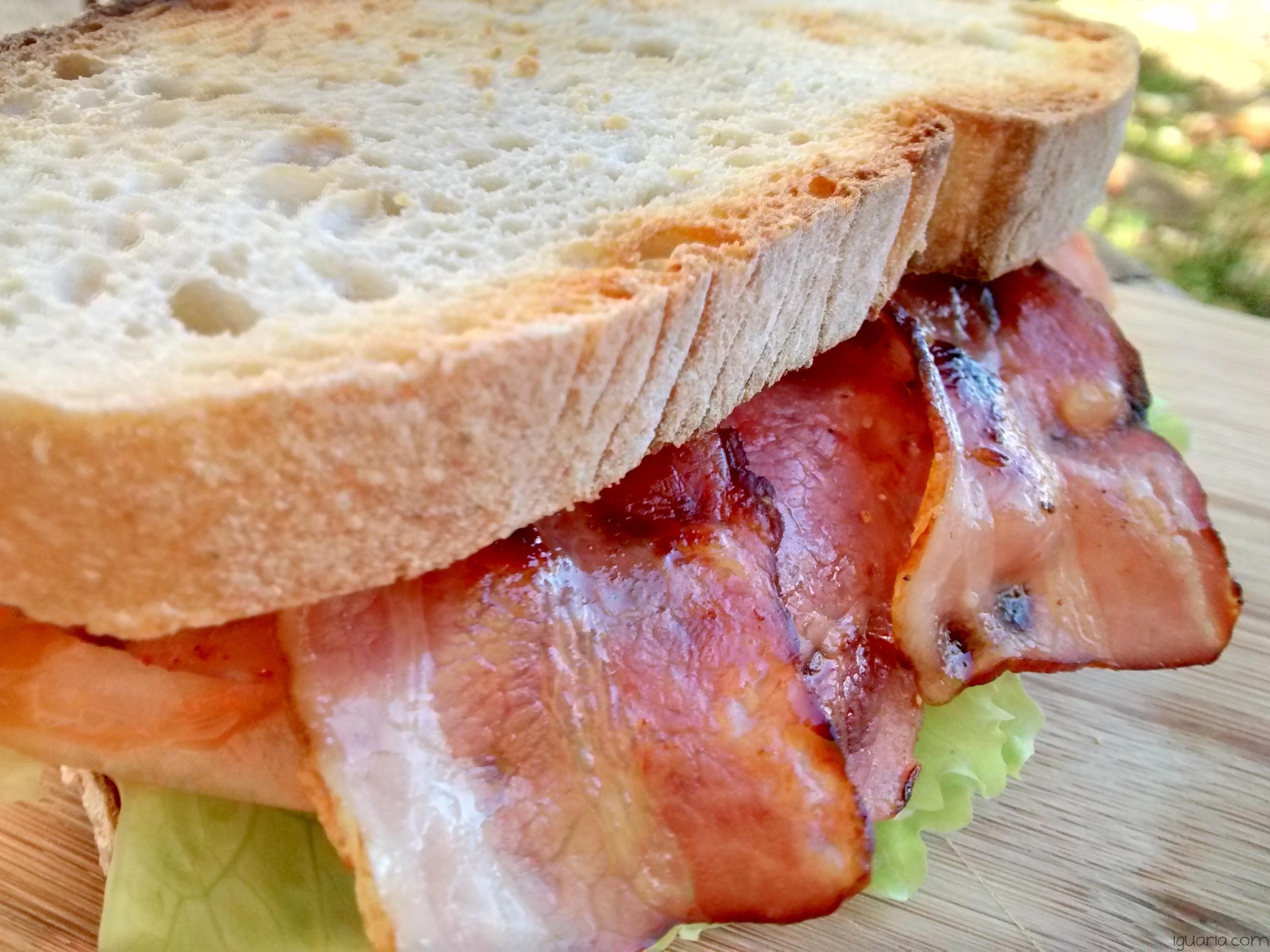 Iguaria_Sandes-de-Bacon-e-Fiambre