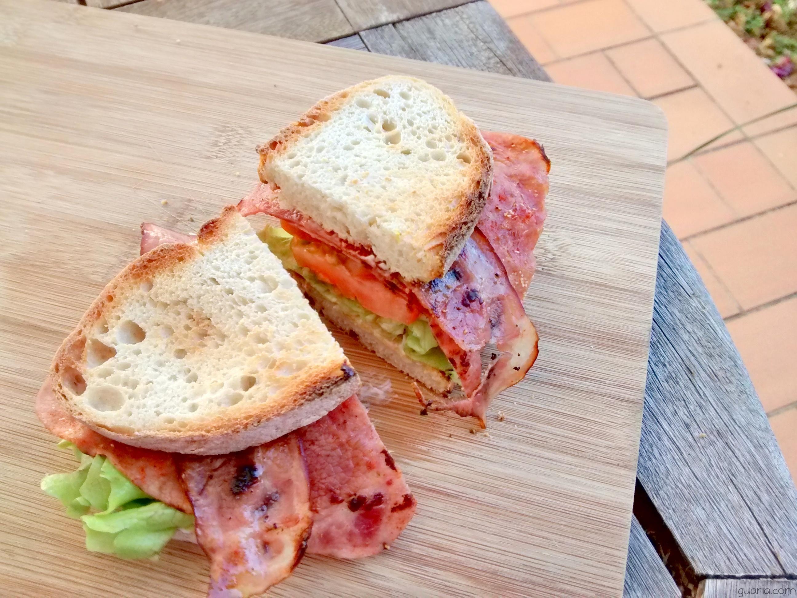 Iguaria_Sandes-de-Fiambre-e-Bacon-Frito