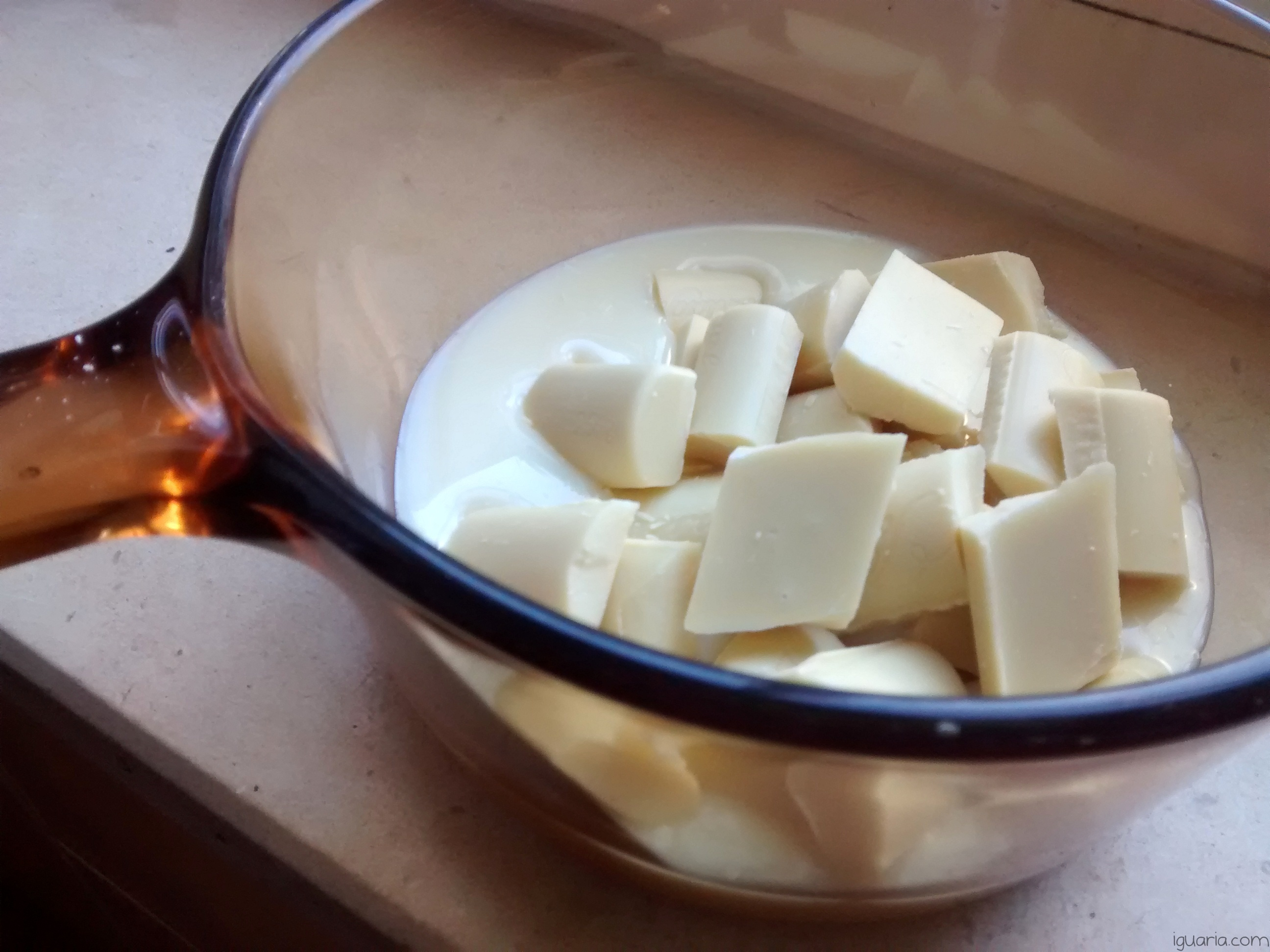 Iguaria_Criar-Creme-de-Chocolate-Branco