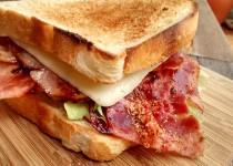 Tosta de Fiambre e Bacon