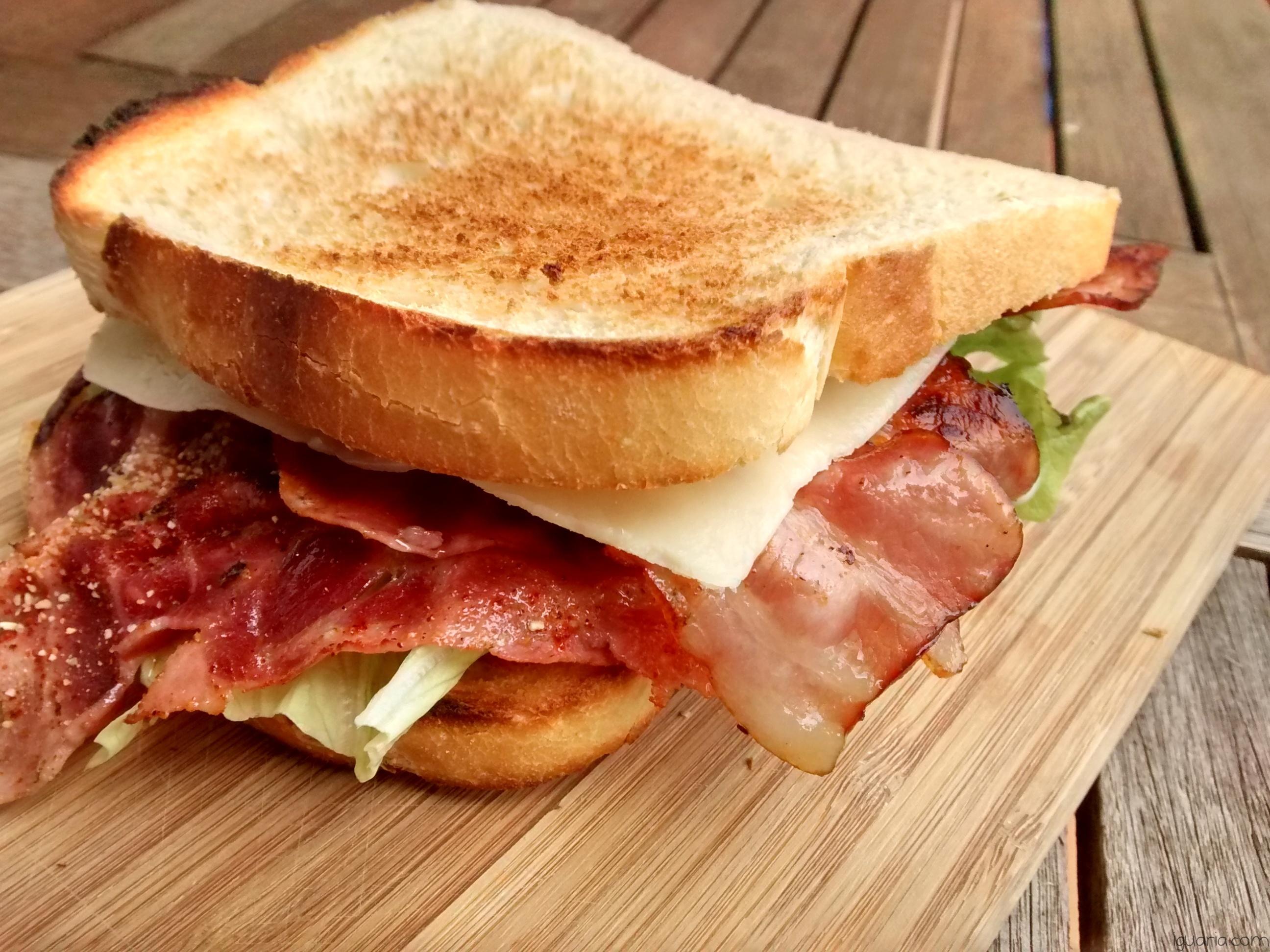 Iguaria_Tosta-Bacon-e-Fiambre