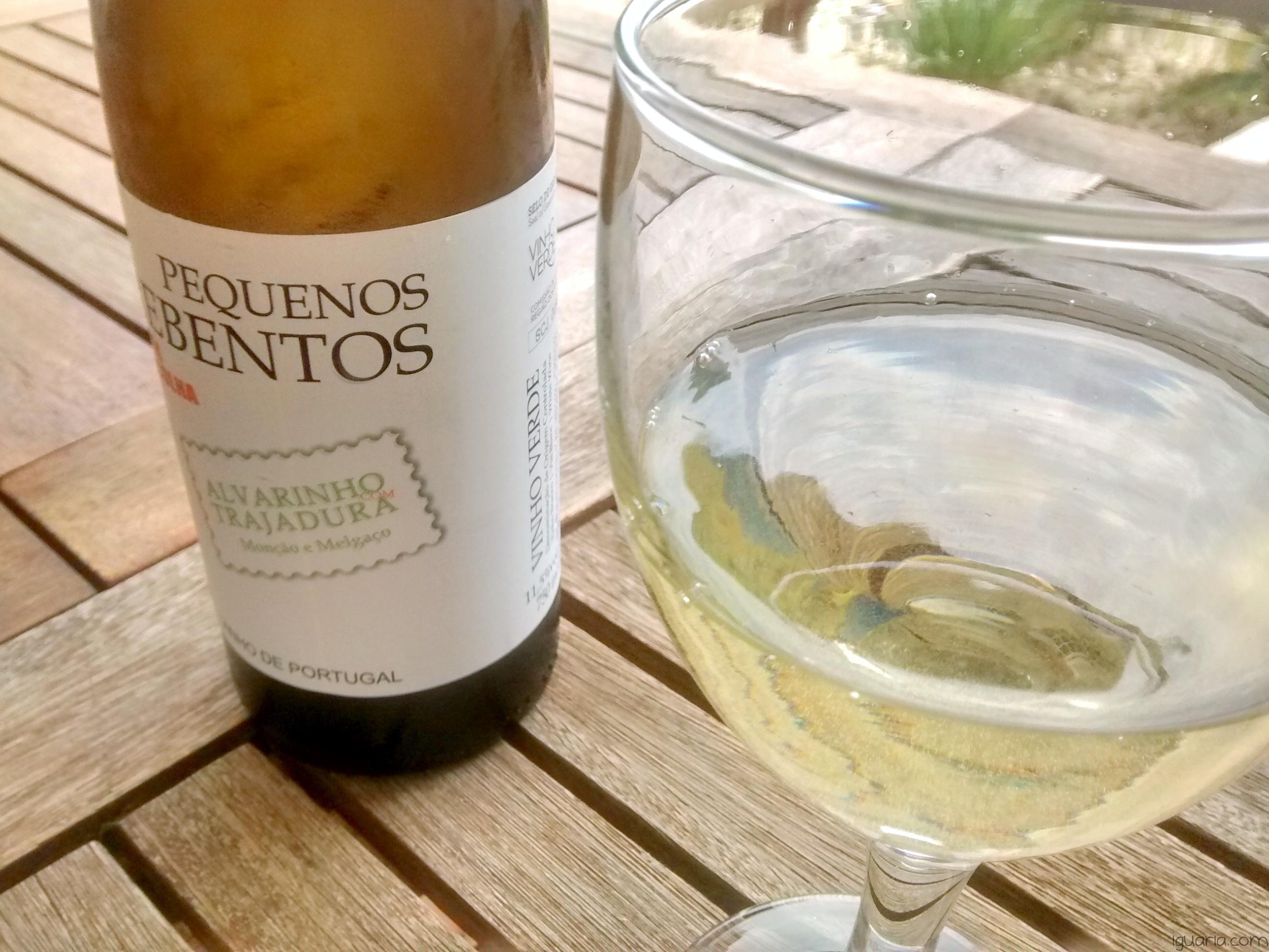 Iguaria_Copo-Vinho-Verde-Pequenos-Rebentos