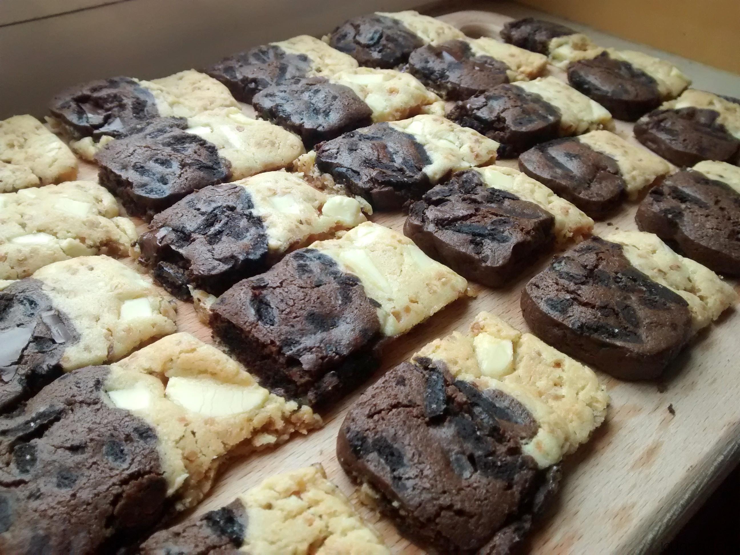 Iguaria_Biscoitos-de-Chocolate-Preto-e-Branco