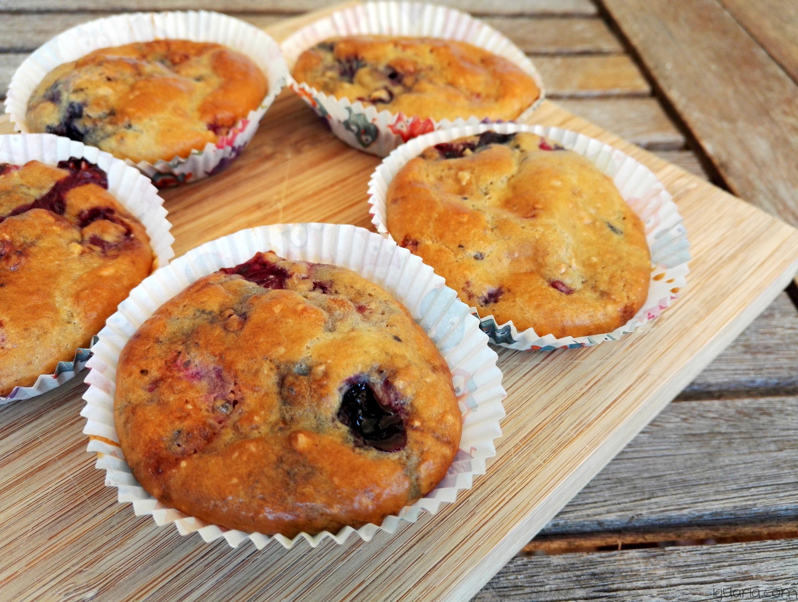 Iguaria_Cupcakes-Saudaveis-Frutos-Vermelhos