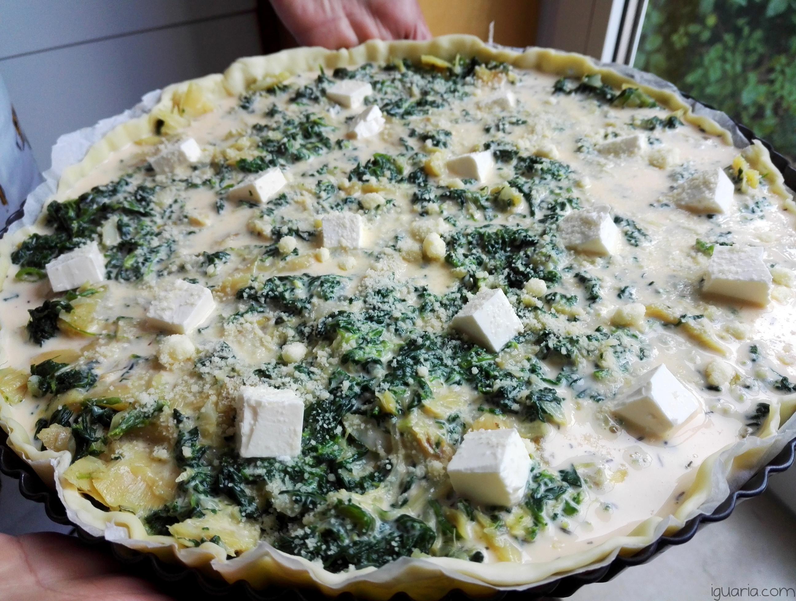 Iguaria_Espalhar-os-pedacos-de-queijo-feta