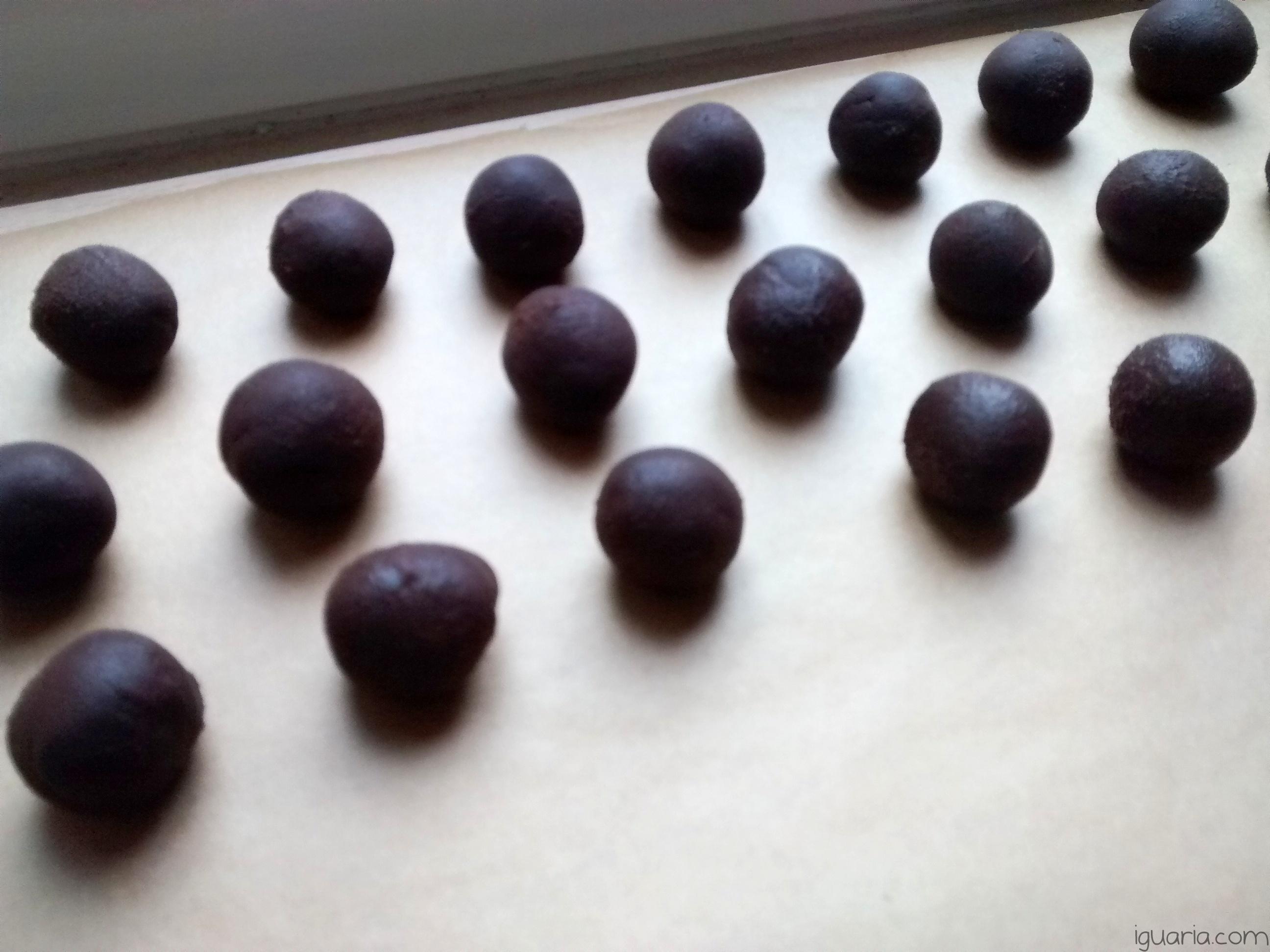 Iguaria_Fazer-Bolinhas-de-Ganache-de-Chocolate