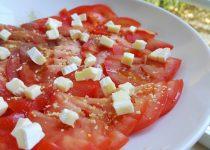 Salada de Tomate e Brie