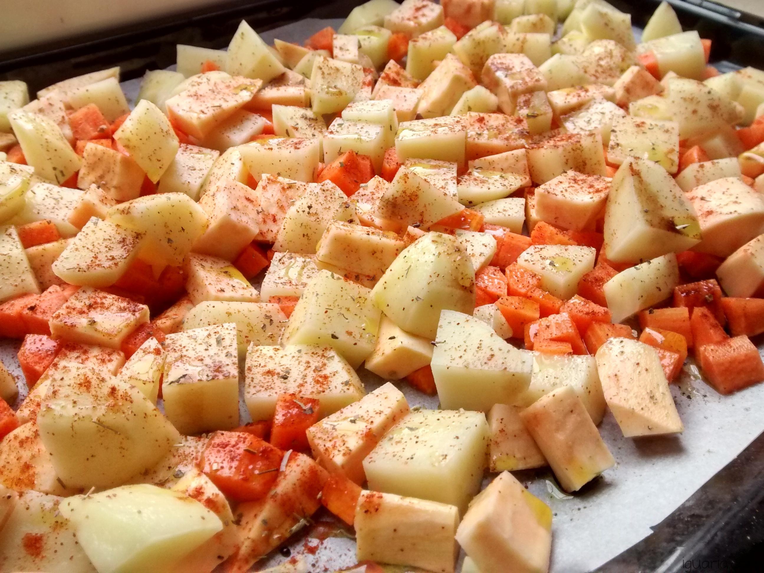 iguaria-temperar-batata-e-cenoura-forno