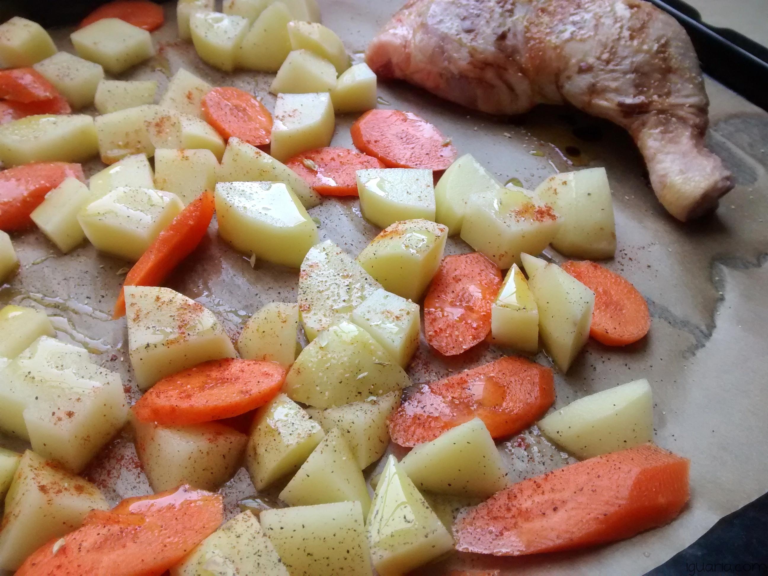 iguaria-batatas-e-perna-de-frango-temperadas