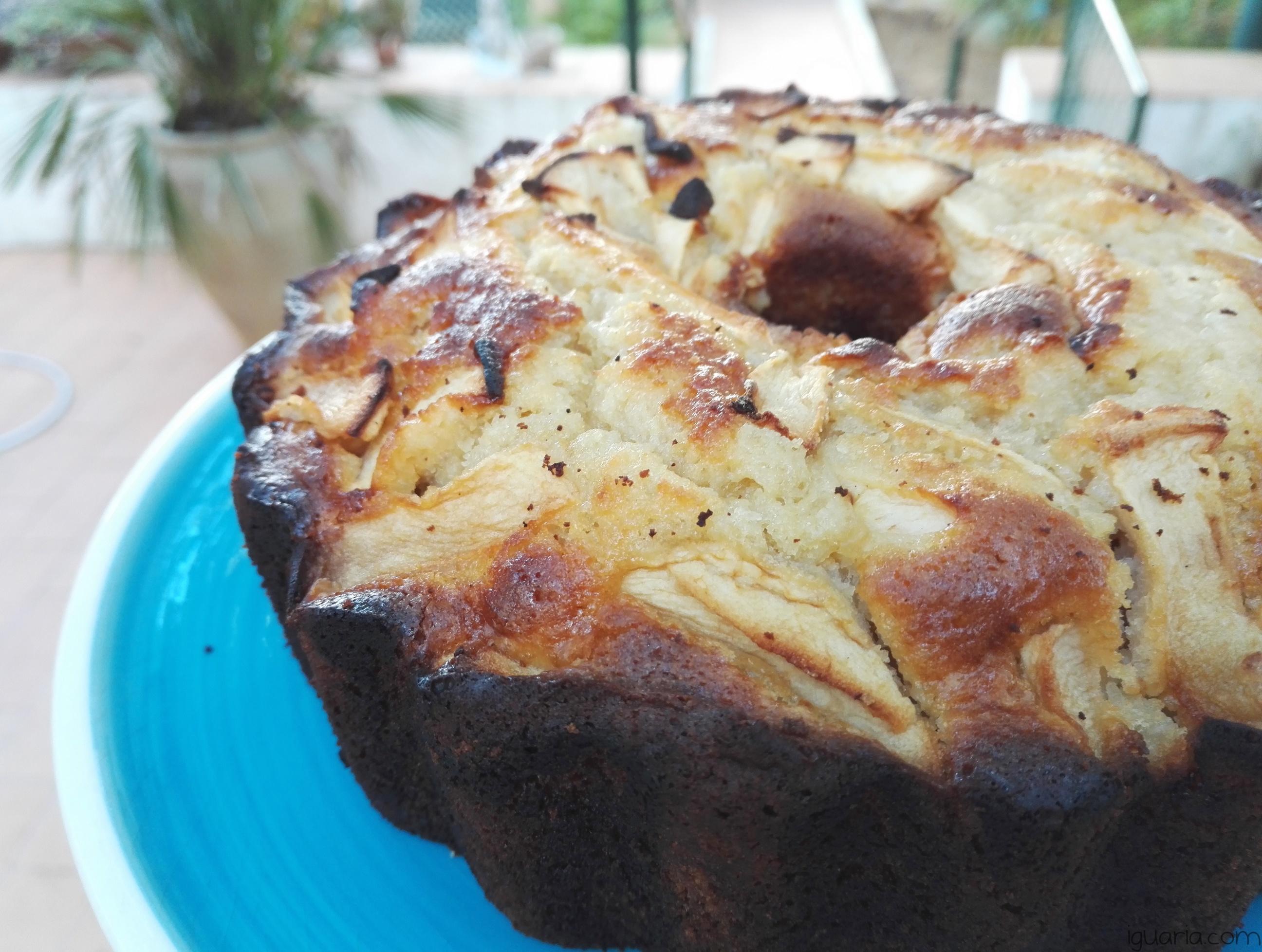 iguaria-bolo-de-maca-pronto