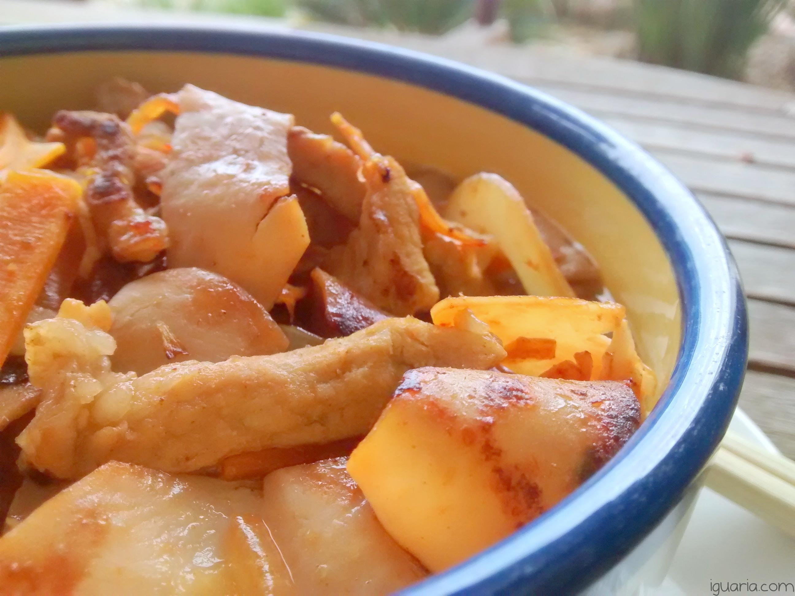 iguaria-ramen-com-porco