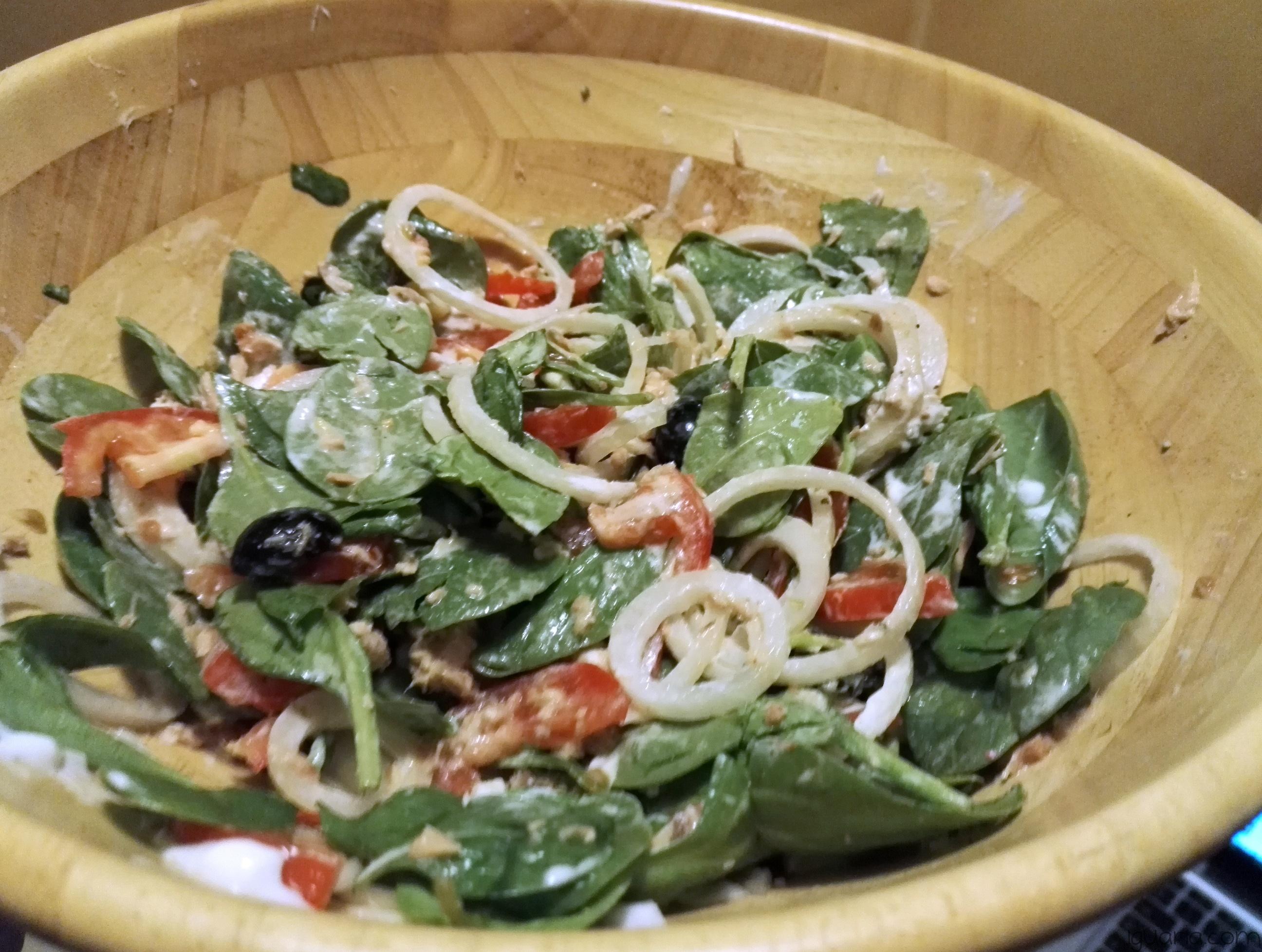iguaria-salada-saborosa-de-queijo