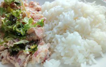 iguaria-salada-de-salmao-com-arroz