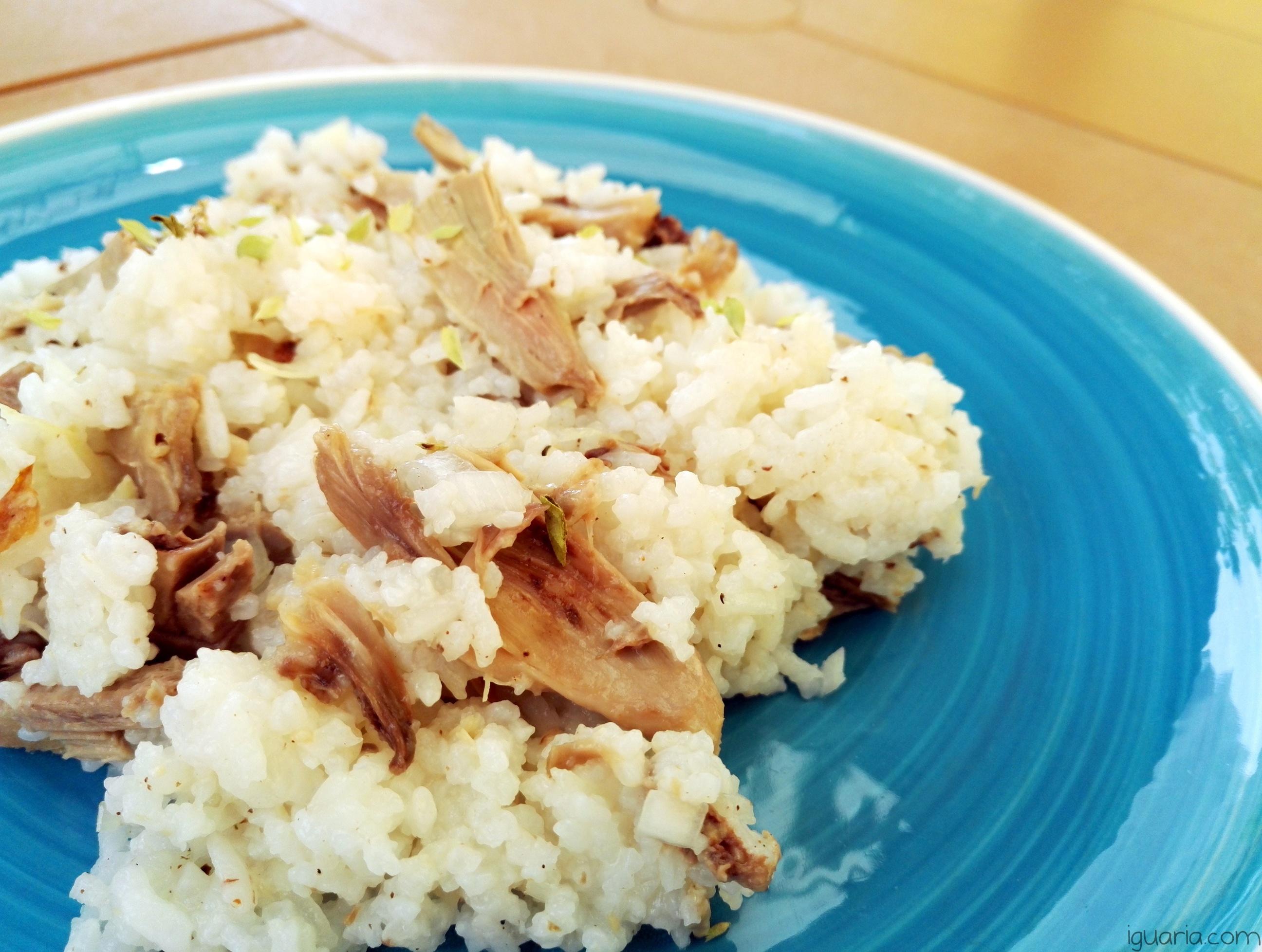 iguaria-arroz-de-frango-com-oregaos