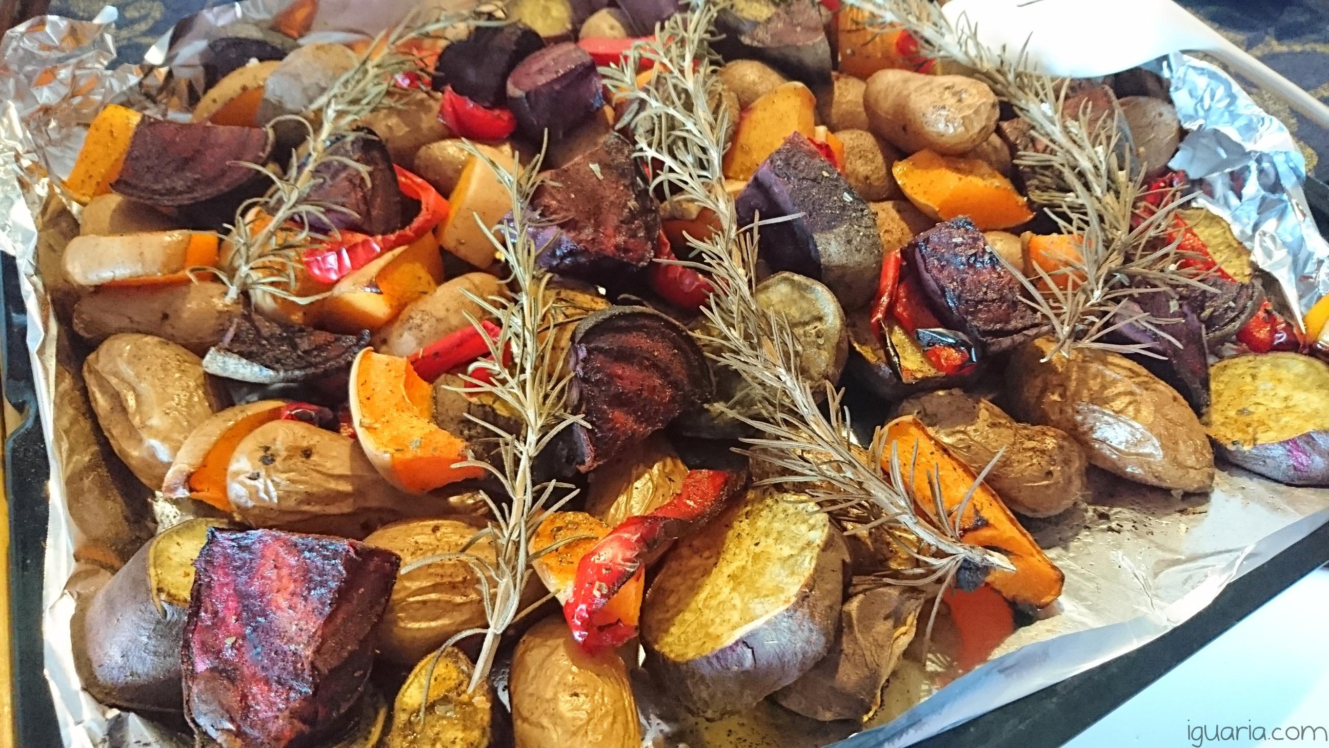 iguaria-batatas-e-legumes-assados-no-forno
