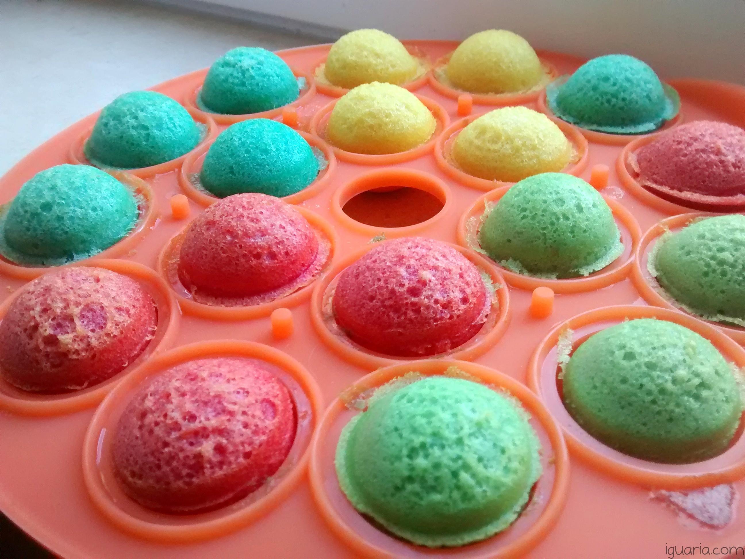 iguaria-bolas-coloridas-no-forma