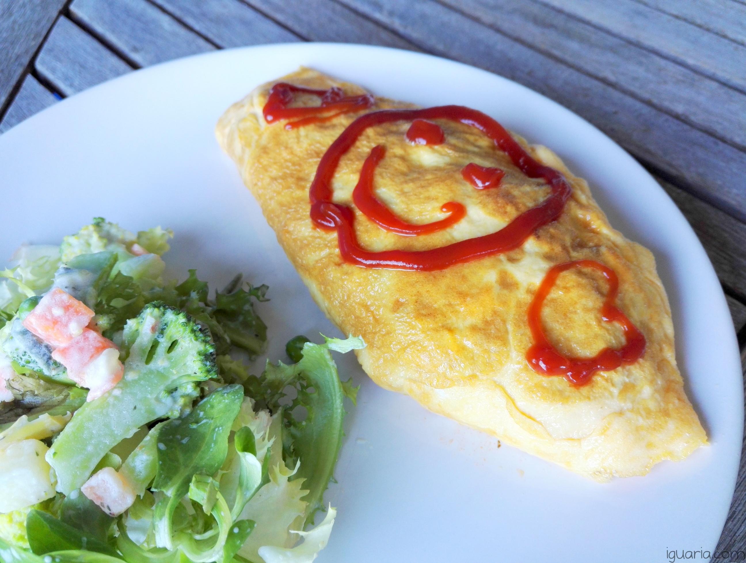 iguaria-omelete-japonesa-recheada-de-arroz