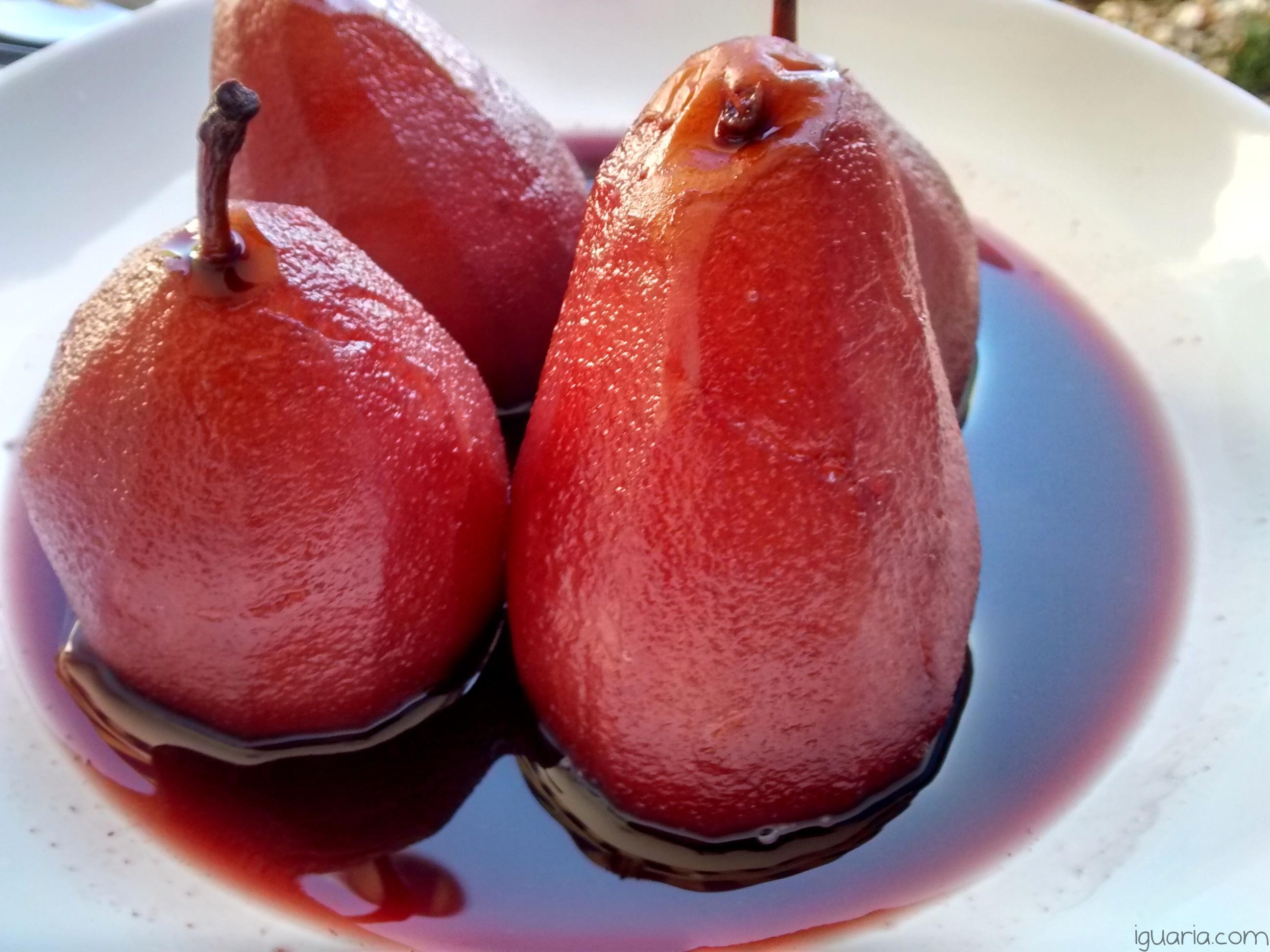 iguaria-peras-cozidas-no-vinho-porto-receitas-fim-do-ano