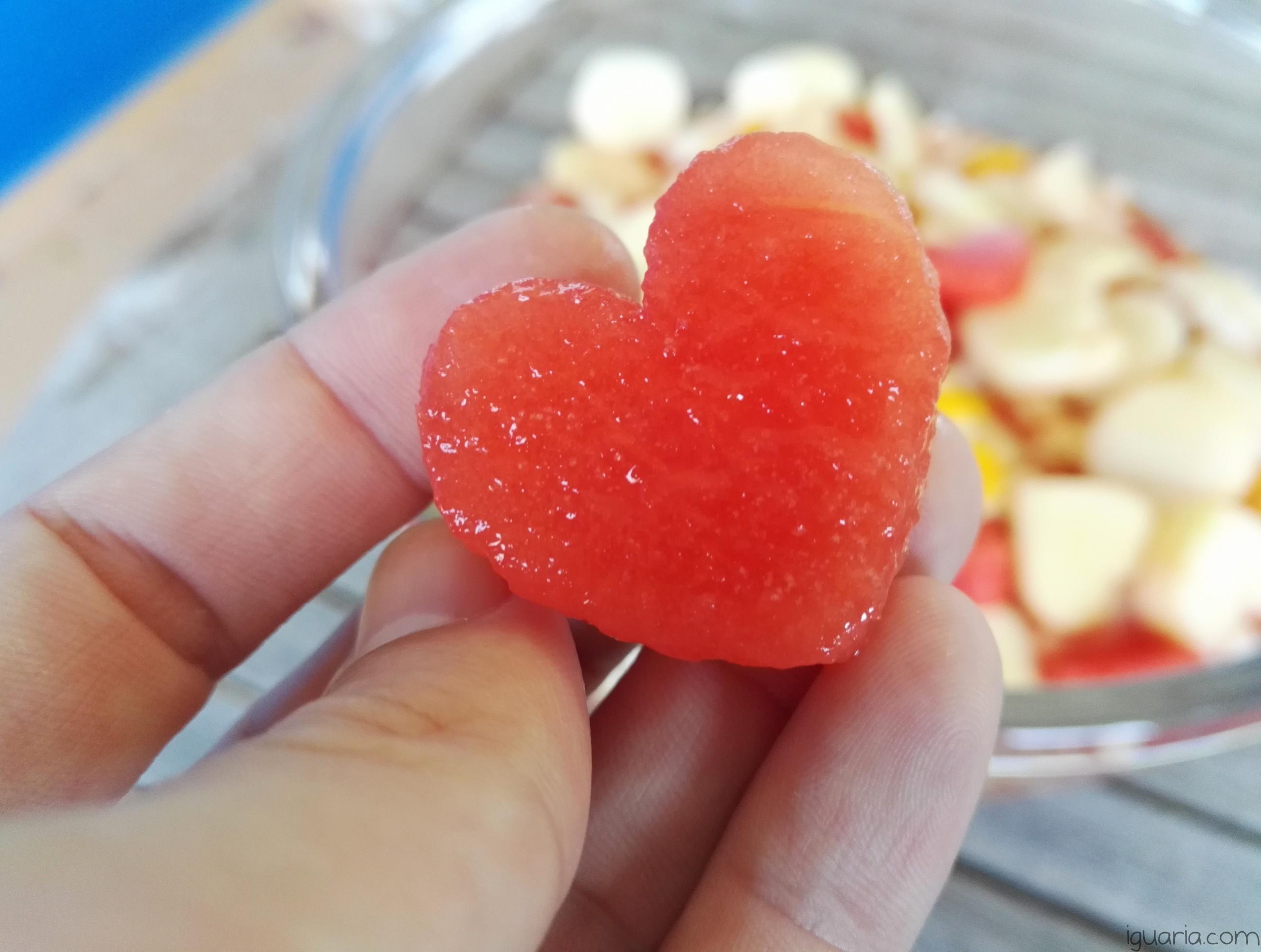 iguaria-salada-fruta-coracao
