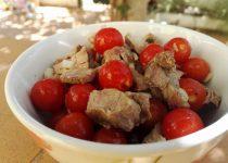 Salada de Carne e Tomates Cherry