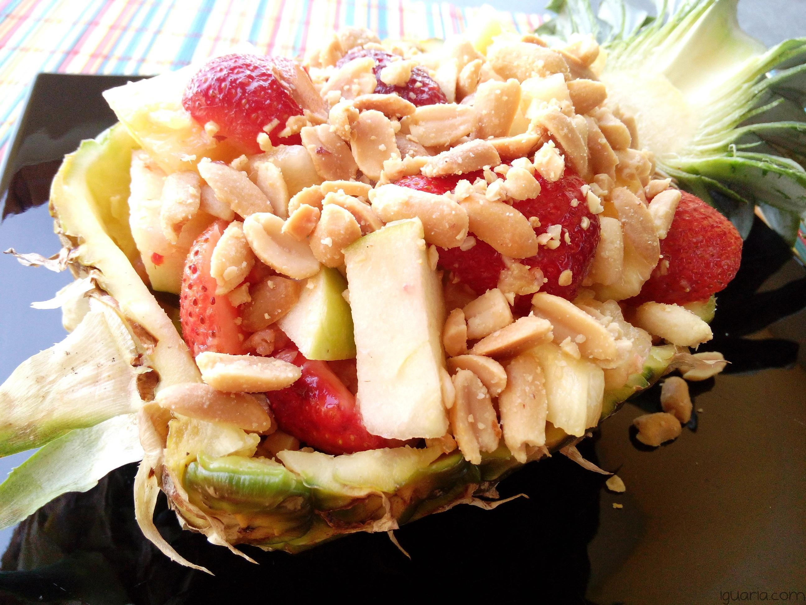 iguaria-salada-de-fruta-e-frutos-secos